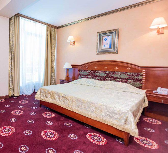 apartament-de-lux-hotel-regal-01