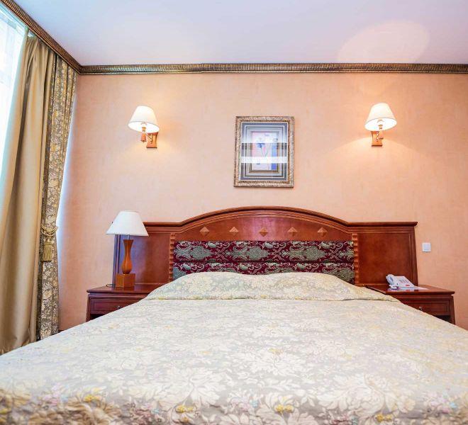 apartament-de-lux-hotel-regal-02